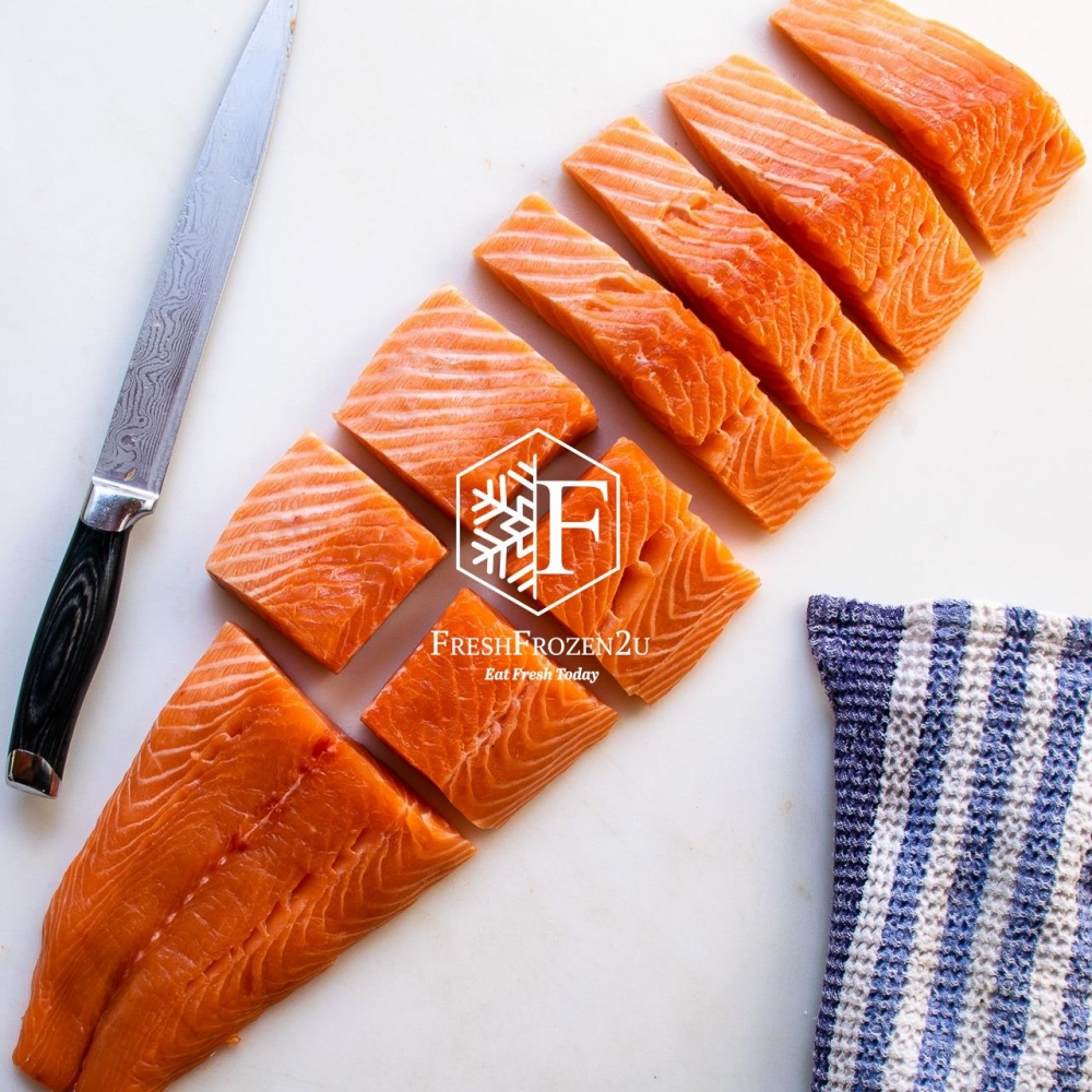 Fish Salmon Trout Norway (Half fish) (±2.1 kg) 挪威三文鱼(半切)