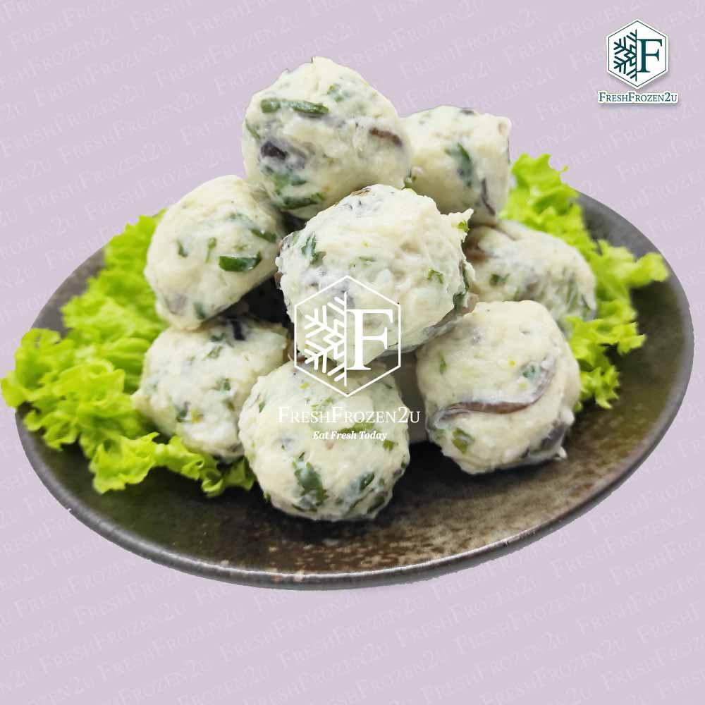 Ball Chicken Fungus (12 pcs)  木耳鸡肉丸