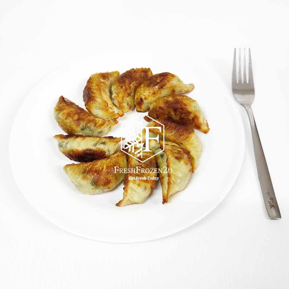 Dumpling Gyoza Chicken Leek (10 pcs) (280 g) 餃子(鸡肉韭葱)